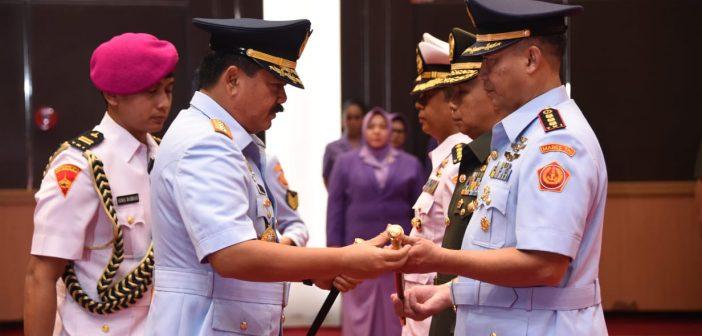 Panglima TNI Pimpin Sertijab Kapusbintal dan Dansatkomlek TNI
